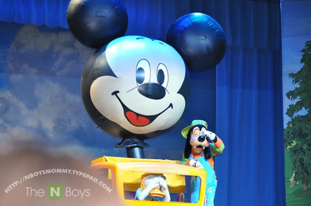 Mickeyshow4